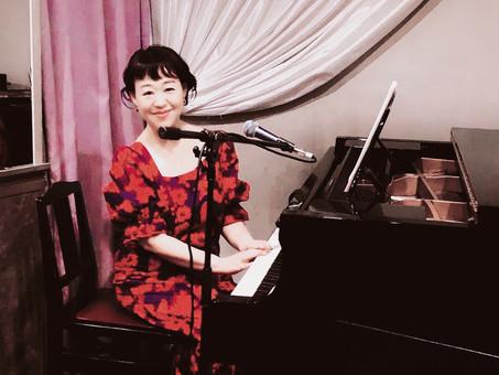 2021.4.26(月) Natsuko 弾き語りライブ en 月夜の仔猫3651
