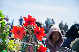 Digitization of social practices. Día de la Virgen in times of pandemic.