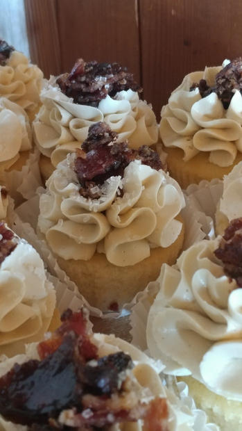 maple bacon bourbon cupcake.jpg