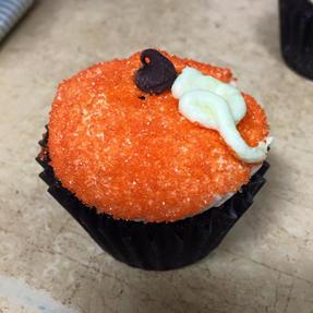pumpkin cupcake.jpg