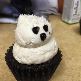 ghost cupcake.jpg