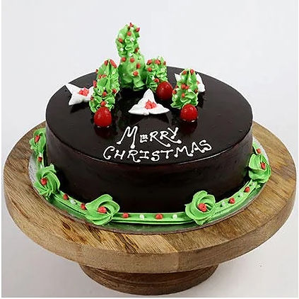 Creamy Christmas Tree Chocolate Cake