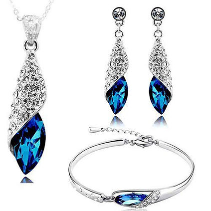 Precious Metal Jewellery Set