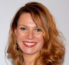 Lara, profesora nativa de francés