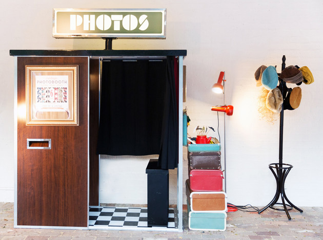 Rebecca & Matt's Vintage Photobooth
