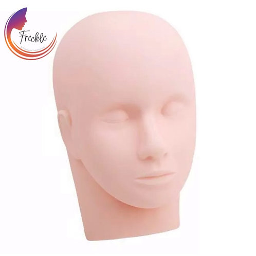 Mannequin practice head plus FREE practice lashes