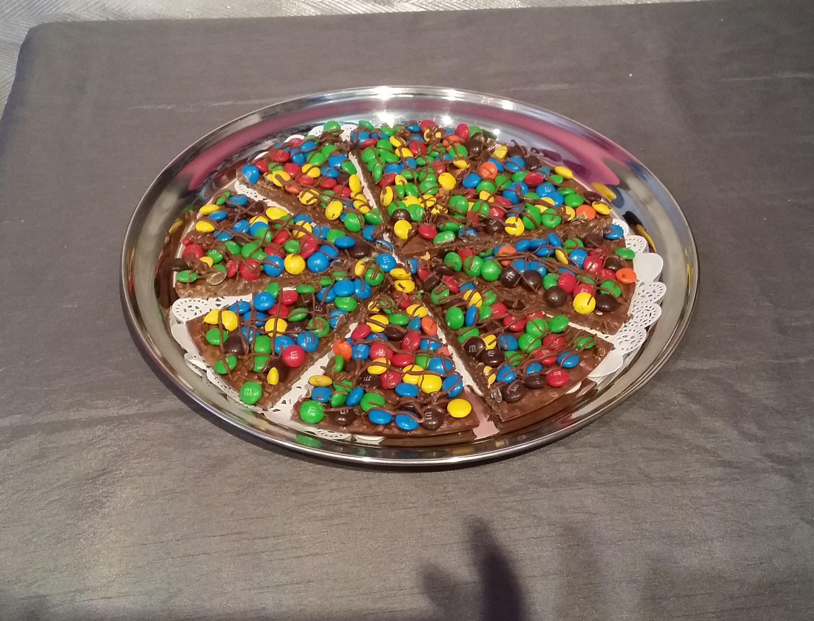 M&M's Chocolate Pizza
