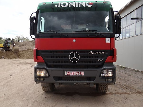 truck front view