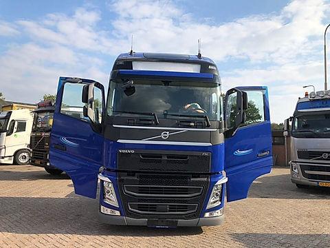 volvo truck transport