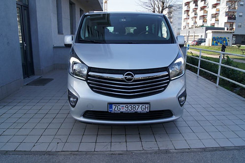 opel car front view