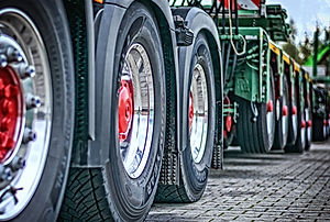 truck-heavy load tires