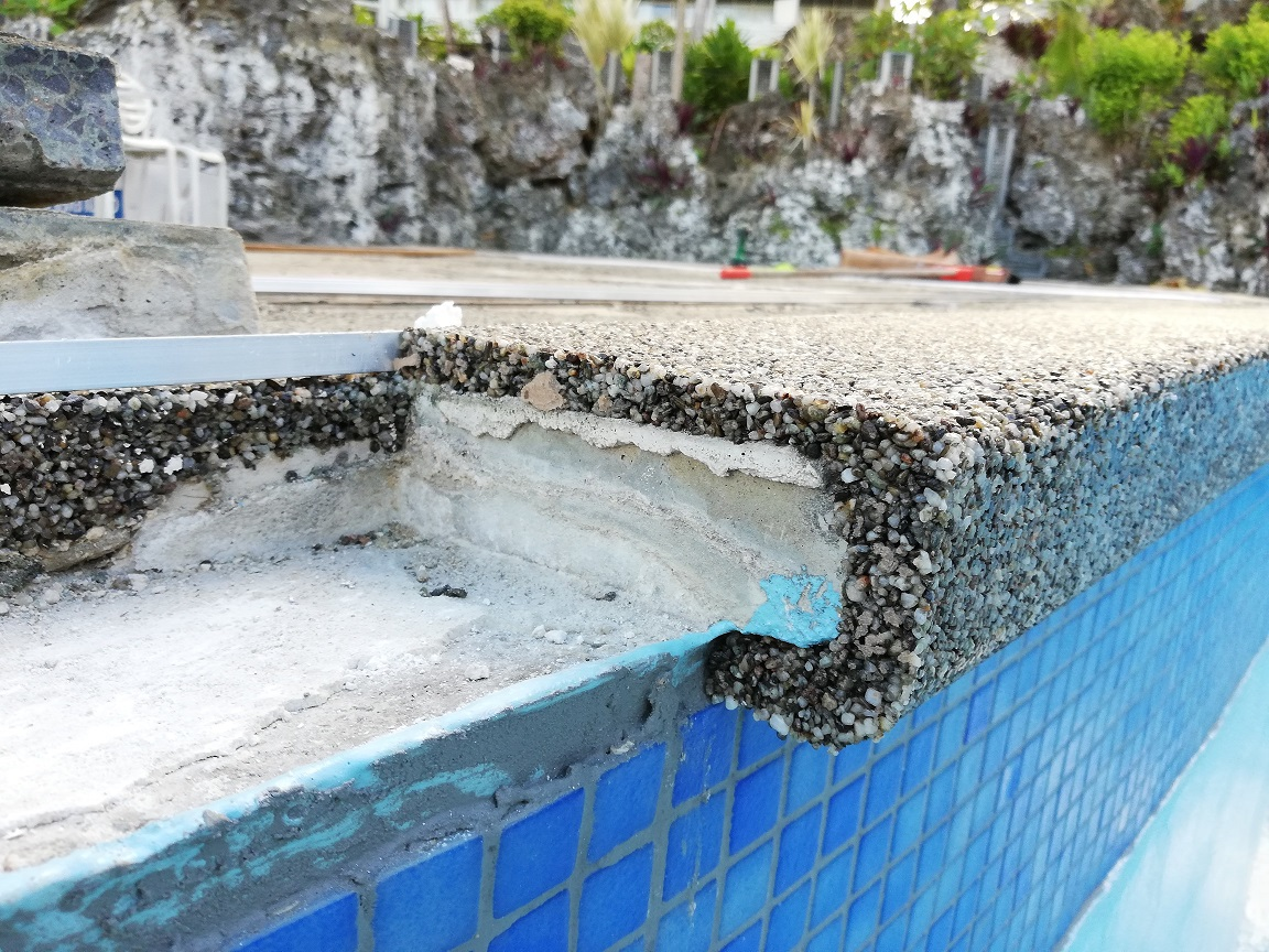 resin bound pool copping
