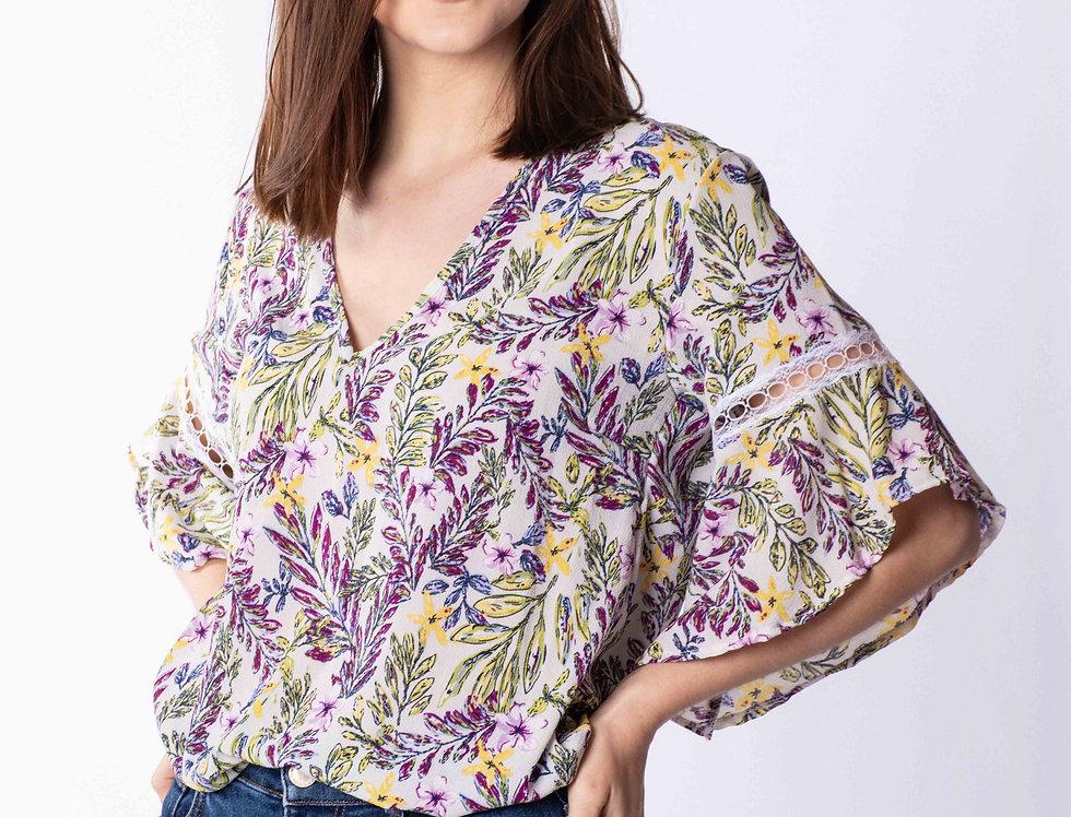 Blusa Crep con puntilla florcitas