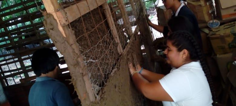 Ixhuateca Radio y Preparatoria Comunitaria por Cooperación JoséMartí