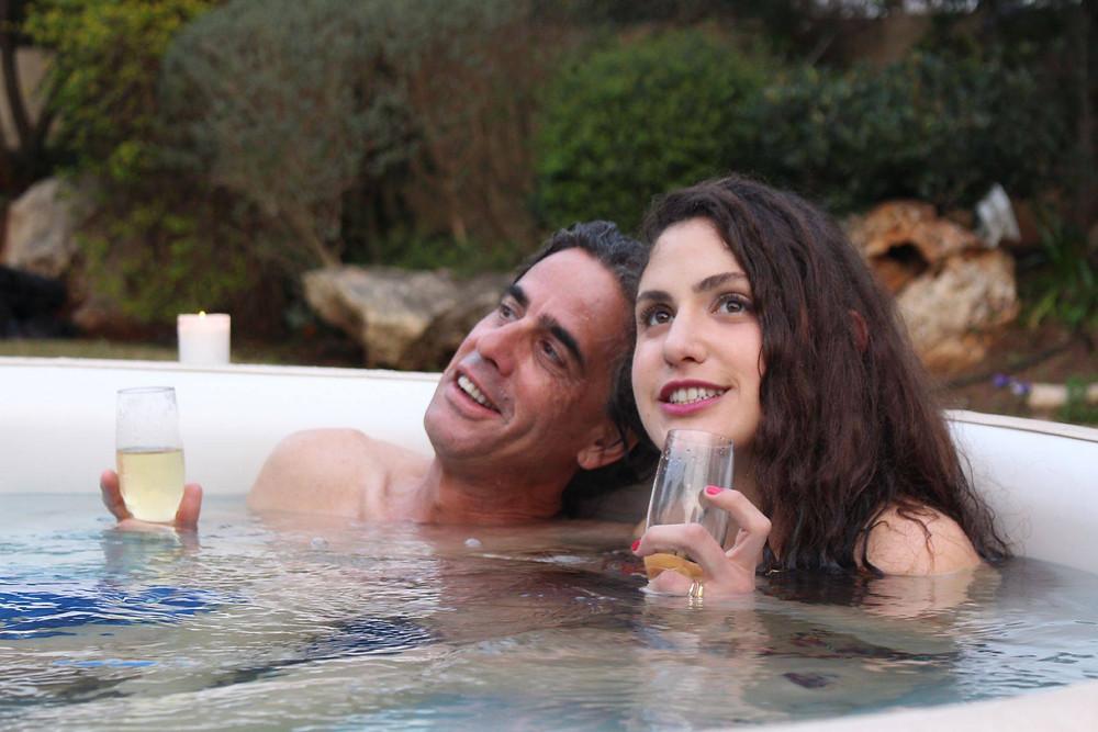 נירו לוי ורייצ'ל גאון מציגים זוגיות מאושרת בסופטאב