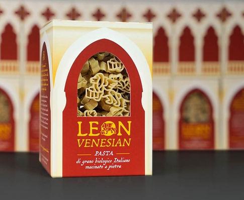 leonvenesian_packaging1_edited.jpg