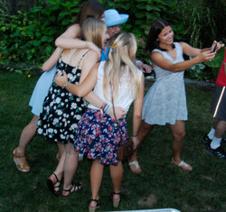 ML & les Girls selfie