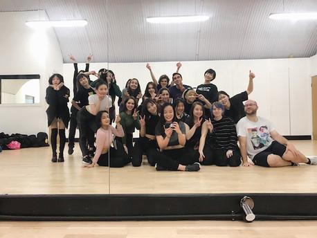 """Love K-Pop Dance London: Class of """"Sunmi: Siren""""."""