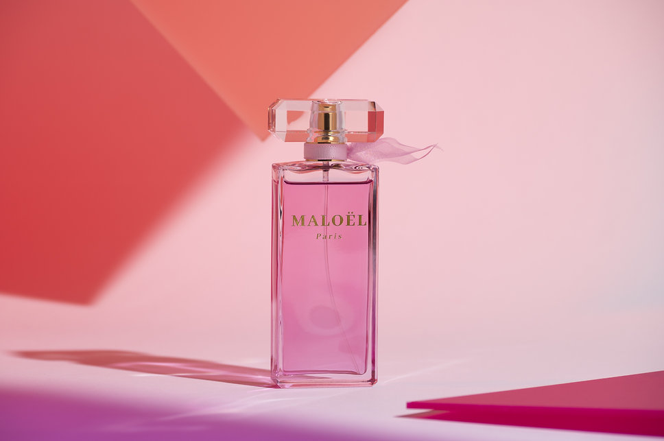 Parfum fond rose.jpg