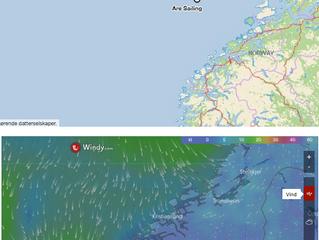 Bris inn fra SB akter i fint lettskyet vær