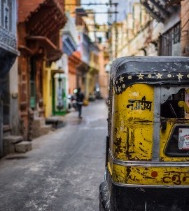 THE PRO'S AND CON'S OF BEING AN EXPAT IN INDIA