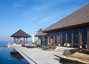 Expats flee Bali as virus crashes Asia's top luxury villa market