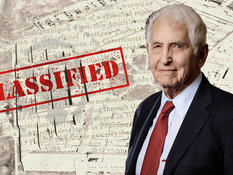 """Whistleblower Daniel Ellsberg on the Criminality of """"National Security"""" AKA Security for the Empire"""