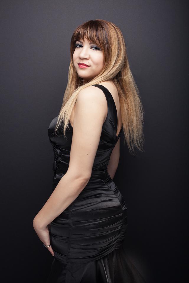 Alexandra Sessler headshot 8-16 5 web