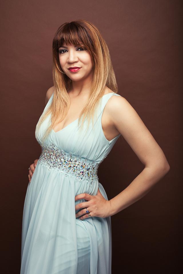 Alexandra Sessler Headshot 8-16 4 web
