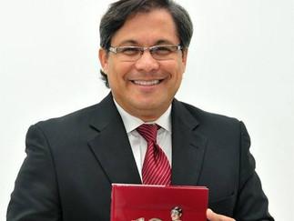 Gabriel Rovayo presenta en un libro las claves sobre el liderazgo
