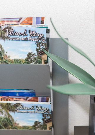 island-way-pavers-pools-27.jpg