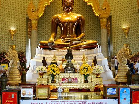 Bangkok's Wat Traimit (Temple of the Golden Buddha) and Wat Pho (Temple of the Reclining Buddha)
