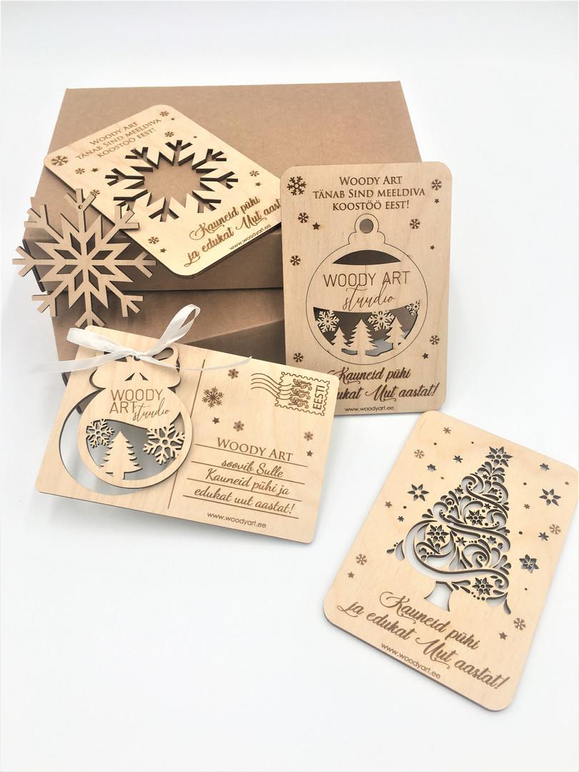 Jõulukaart puidust