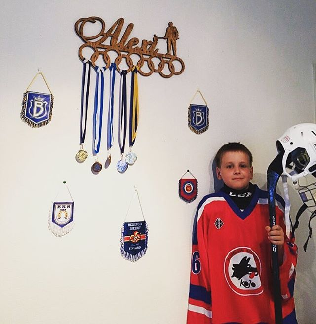 Hokit mängivad tõelised mehed💪  Edu ja võitu Alexile! #eitunnehirmu #jäähoki #hockey #tehtudEestis