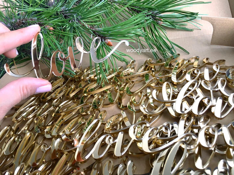 Külalistekingitused kuldsest akrüülklaasist