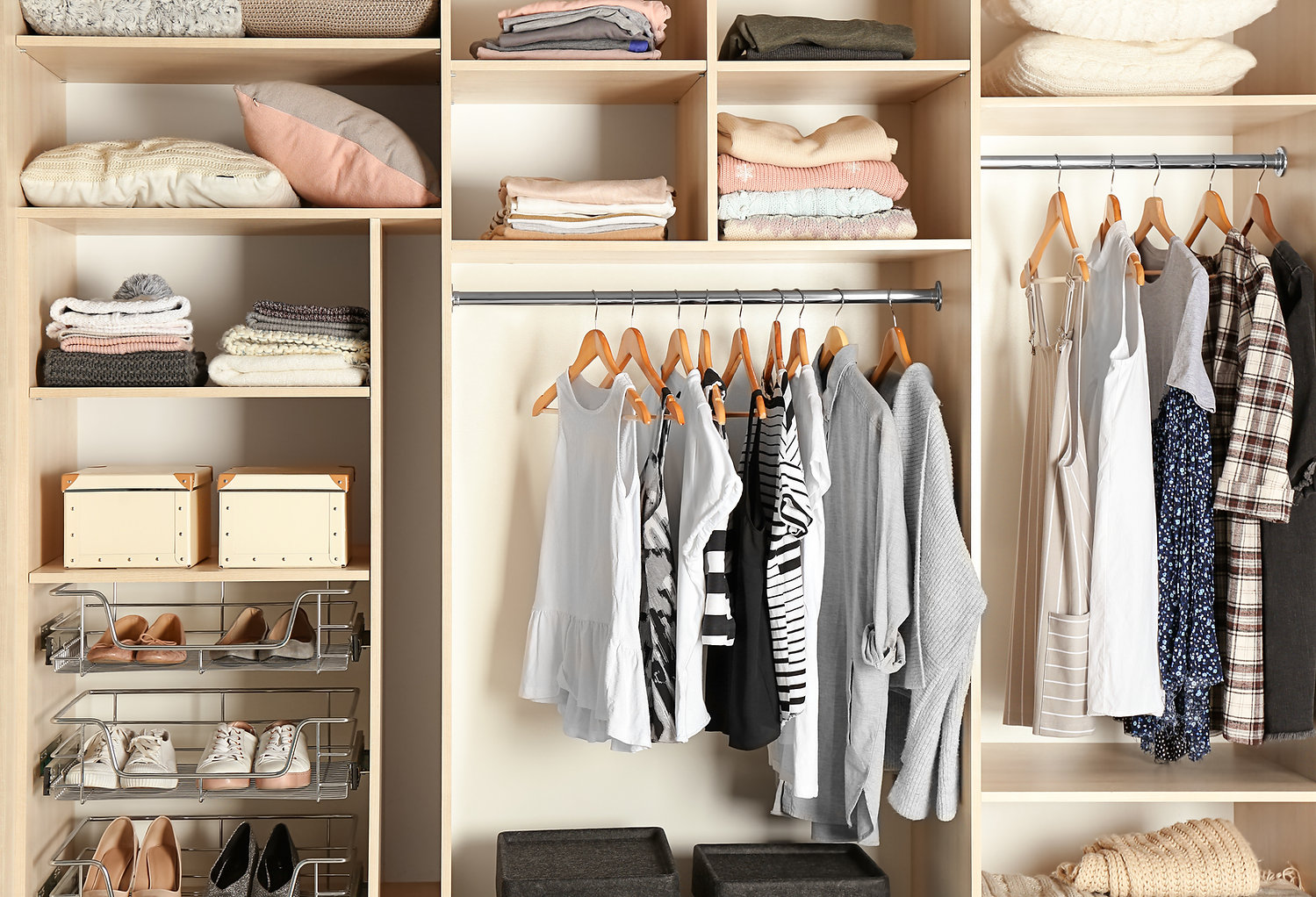 Armário bem organizado