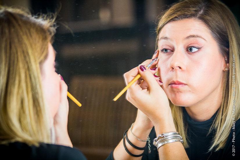 Cours d'auto-maquillage de 1h00 pour 1 personne
