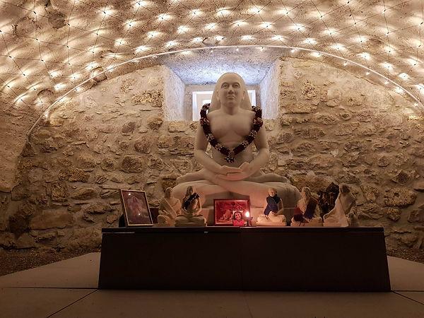 Cave Babaji.jpg