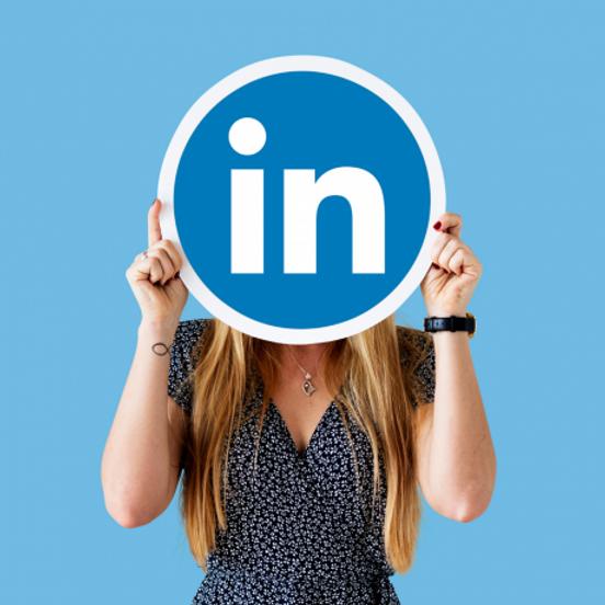 Build Your Attractive LinkedIn Profile