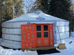 Yourte sous la neige - Domaine du Bugnon