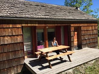 Terrasse avant cottage 2