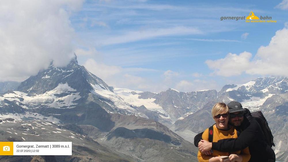 Anne und Andri vor dem Matterhorn auf dem Gornergrat