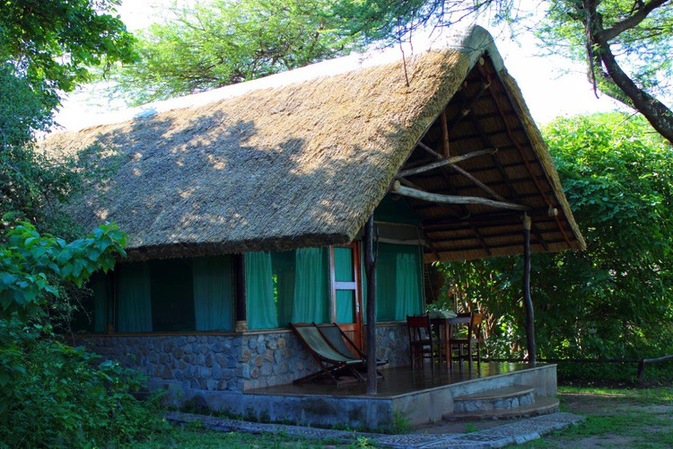 Chalet 7 - Newly Thatched.jpg