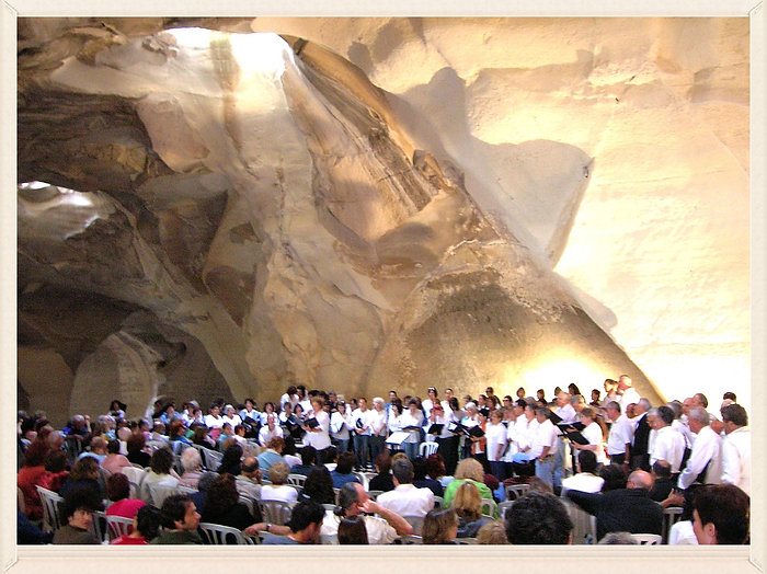 """Tribute to Dov Carmel"" concert, Beit-Govrin Bell Cave, 2005"