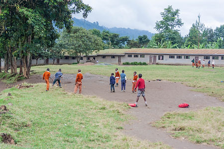 ellie bell photography, tanzania, east africa, ng'resi, arusha, school, children, football