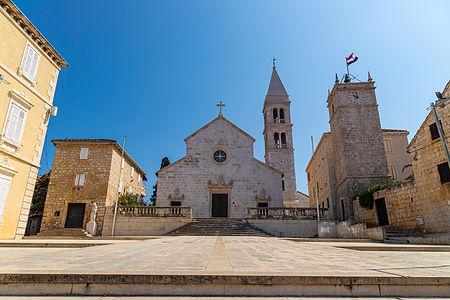 ellie bell photography, croatia, brac, island, church, architecture, adriatic sea, summer, tourism, island