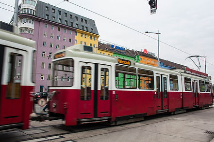 ellie bell photography, vienna, austria, europe, winter, tram, colourful buildings