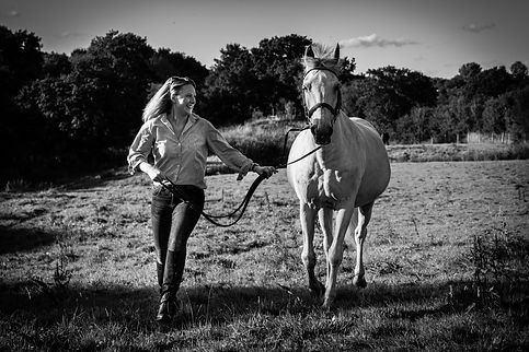 ellie bell photography, pet photography, horse, horse and rider, horse owner, woman running, horse running, derbyshire, countryside