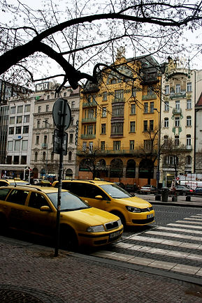 ellie bell photography, prague, czech republic, old town, architecture, yellow, yellow taxi
