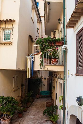 ellie bell photography, italy, sperlonga, coastal town, italian